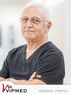 Профессор Константин Кипиани